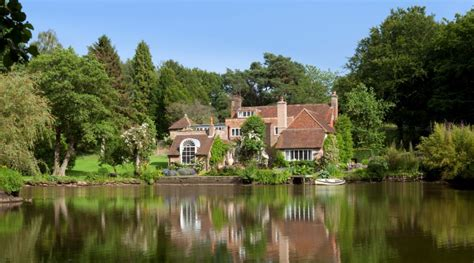 Abandoned Mansions For Sale Cheap vivien leigh s country retreat where her ashes were