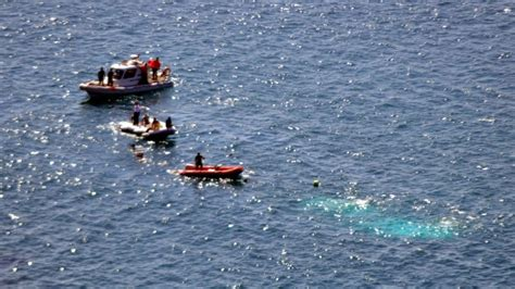 refugee boat vancouver reports death toll in refugee boat sinking off turkey