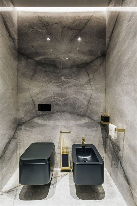 modern small bathrooms  functional toilet design
