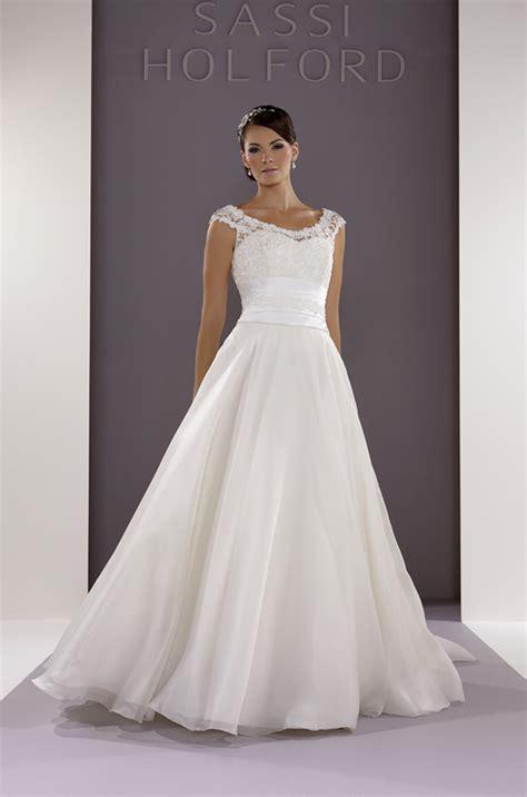 Wedding Dress Zara by Wedding Dresses By Sassi Holford