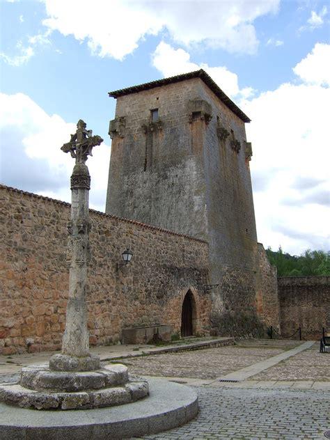 Juan De Horozco Y Covarrubias La Enciclopedia Libre Torre De Covarrubias La Enciclopedia Libre