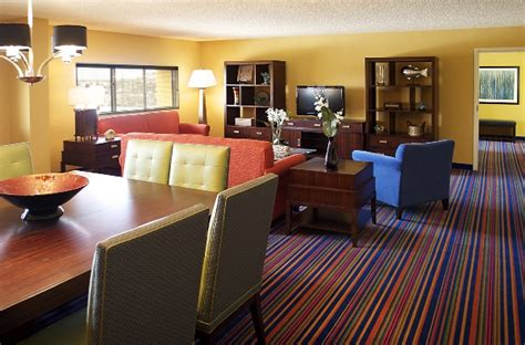 Coco Hotel Rooms by 4 Ways To Go On Cheap Orlando Vacations Cheaptickets
