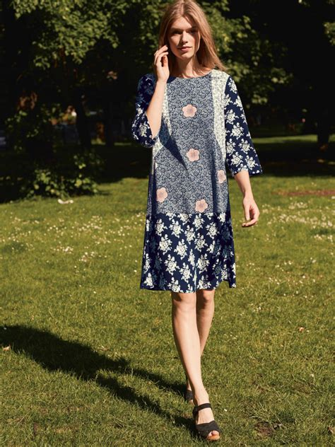 Safana Dress M E tunic dress midnight blue print white stuff