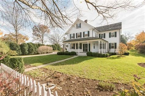 colonial farmhouses on the market a modern colonial farmhouse in southport