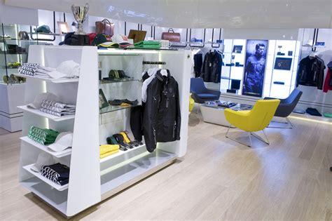 Lotus Shopping Lotus Shop 08 12 11 22 Seloc