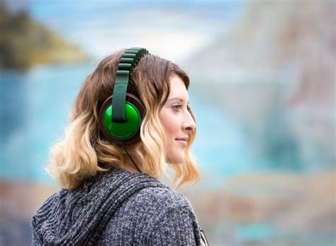 Earphone Ienjoy 061 design details we innowave headphones blogs bloglikes