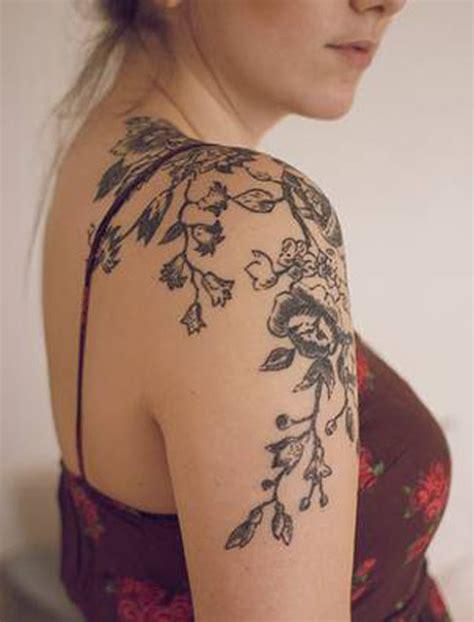 flower tattoo for shoulder 36 beautiful shoulder flower tattoos