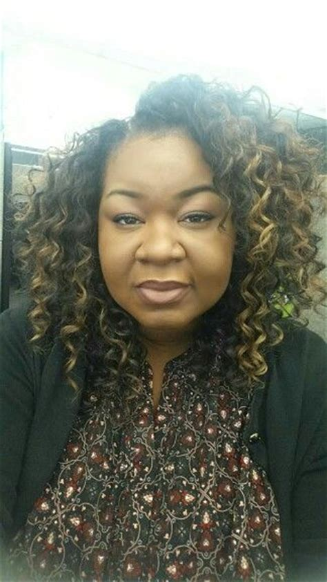 pictures of a deep spiral hair style for women aged over 50 model model spiral deep curl hair knotless crochet braids