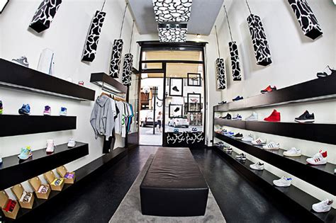 shoe boutique sneakers 187 retail design