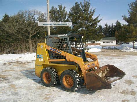daewoo dsi 601 skidloader skidsteer bobcat runs operates great