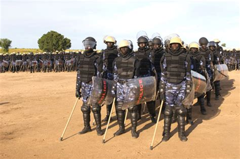 south sudan police interior minister assures police of salary increment