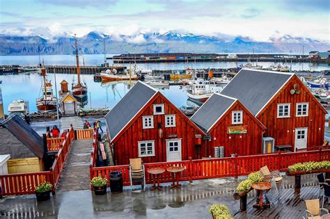 quaint town h 250 sav 237 k h 250 sav 237 k iceland the quaint seaside town of