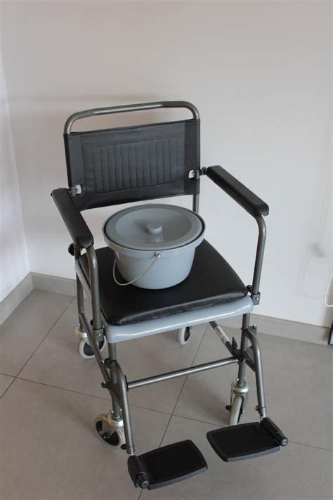 siege garde robe fauteuil garde robe assise plastique cascata 1525770