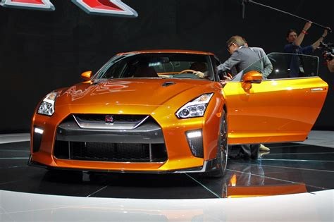 nissan gtr pricing meet the new even brawnier 2017 nissan gt r pricing and