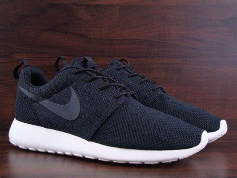 Nike Rosherun By Cheap Footwear nike rosherun black anthracite sail roshe run free flyknit