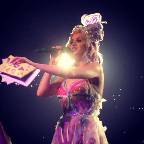 katy perry reflection section 726 best images about katy perry prismatic world tour on