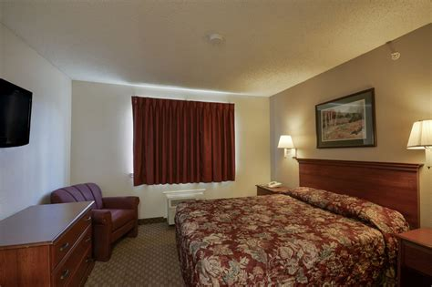 rooms in houston tx intown suites houston 290 hollister reviews photos rates ebookers