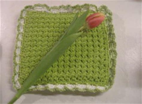 knitting pattern pot holder 18 crochet knit and sewn potholder patterns favecrafts com