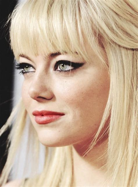 emma stone platinum blonde celebrity eyeliner make up inspirations fab fashion fix