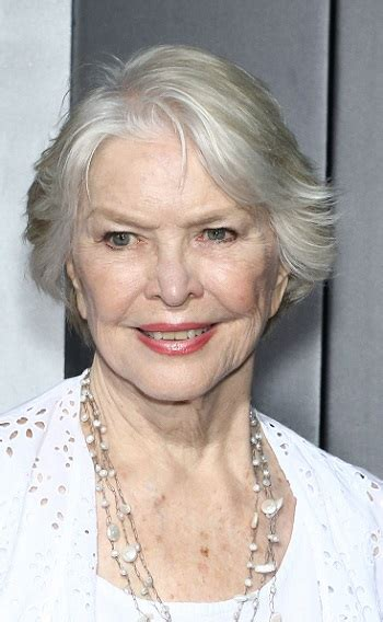 ellen burstyn hairstyles hairstyles ellen burstyn quot sully quot new york city premiere