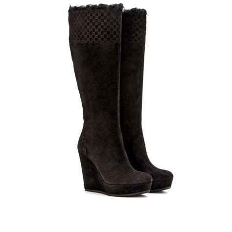 gucci shearling trimmed suede knee boots in black nero