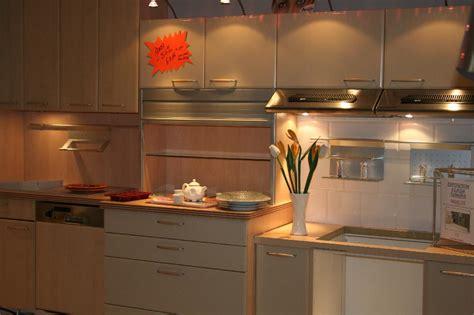vente aux encheres cuisine vente aux ench 232 res vente de 5 cuisines et 1 salle de