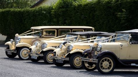 Wedding Car Gloucester by Nostalgia Wedding Cars Chauffeur Driven Car Hire In