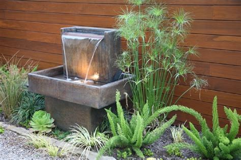 Water Feature Ideas For Small Gardens Water Without For Unique Small Garden Ideas Nytexas