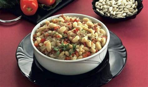 cucinare fagioli cannellini fagioli cannellini alla diavola la ricetta di buonissimo