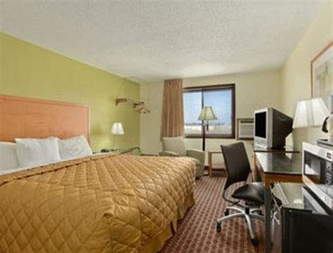 hotels in fort dodge ia days inn fort dodge iowa updated 2016 motel reviews
