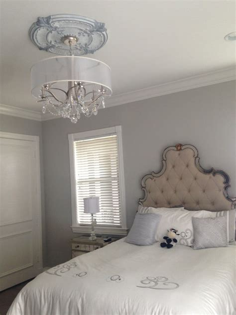 white victorian bedroom attica acanthus leaf silver white ceiling medallion