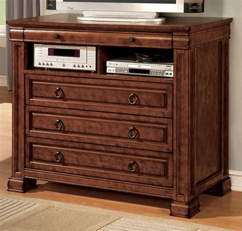 cambridge bedroom set von furniture cambridge bedroom set in tobacco