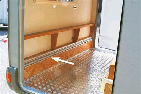 wohnmobil einrichten befestigungssystem f 252 r heckgarage www wohnmobil shop