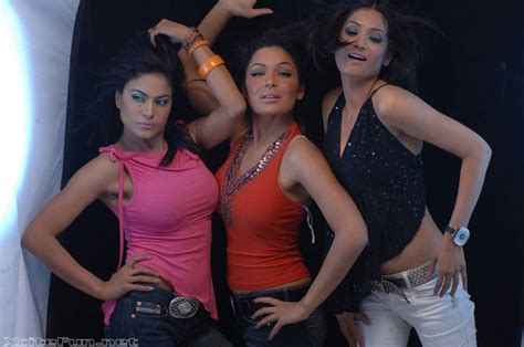 ufone commercial actress dancing babes of lollywood meera veena n jia ali