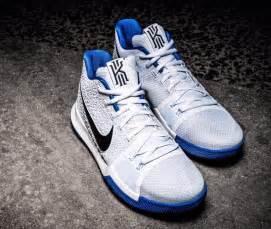 Nike kyrie 3 white blue black sneaker bar detroit