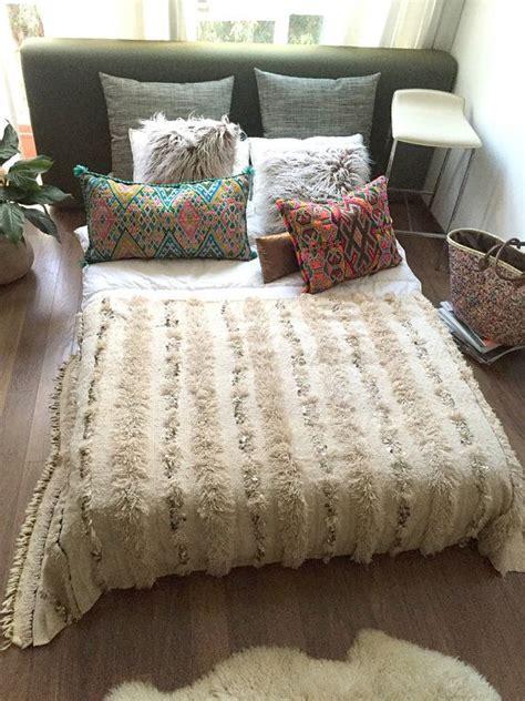 moroccan bedspreads comforters best 25 moroccan bedding ideas on pinterest duvet