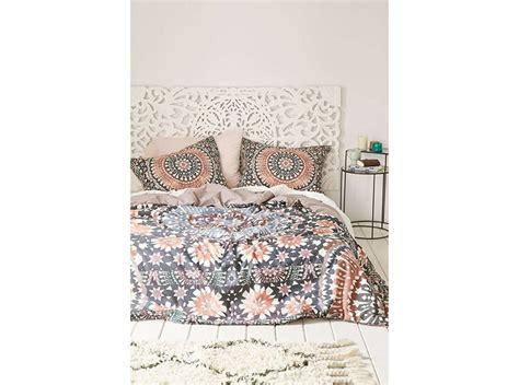 decorare la da letto 10 modi per decorare le pareti della da letto grazia