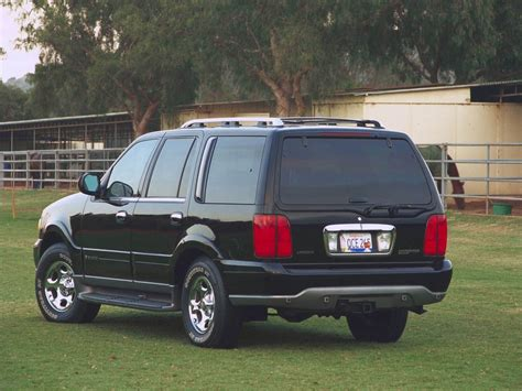 lincoln navigator back 2006 lincoln navigator review top speed