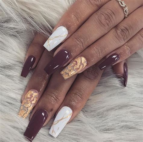 Gamis Aida Maroon burgundy maroon white marble and gold coffin nails