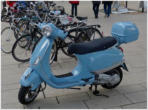 Motorrad 50ccm Hamburg by Vespa Motorroller Aufgenommen In Hamburg Am 17 09 2013
