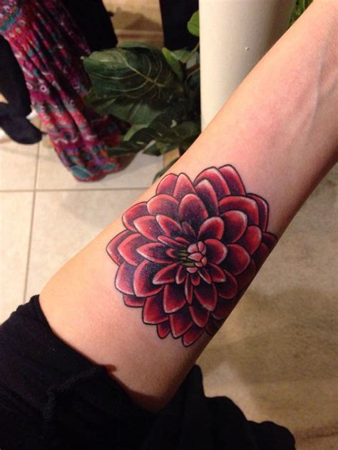 dahlia tattoo 25 best ideas about dahlia on dahlia