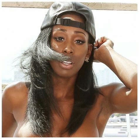 Bria Myles Model