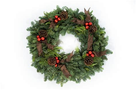 Holiday Wreath | win holiday wreath from p allen smith s new collection