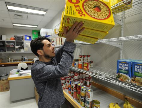 Food Pantry Ct by Colleges Open Food Pantries For Students In Need Connecticut Post