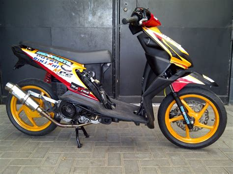 Sticker Striping Motor Honda Spacy 2010 50 gambar modifikasi honda beat terkeren terbaru 2017