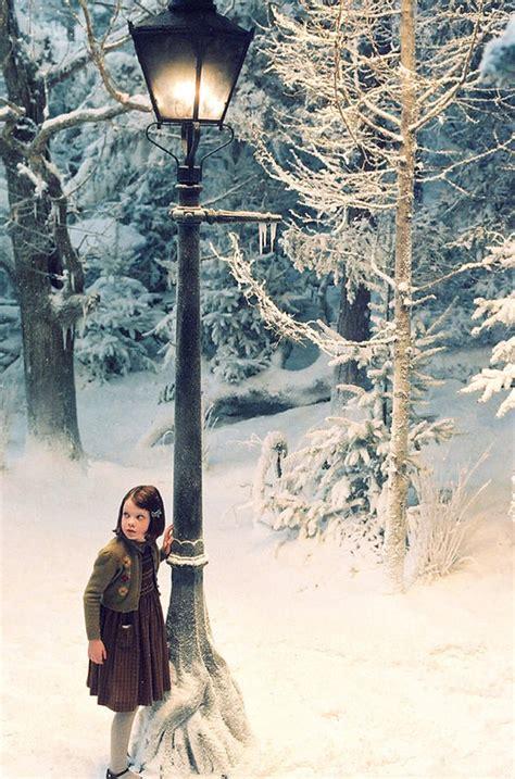 L Armoire Magique by Les Chroniques De Narnia L Armoire Magique 2005