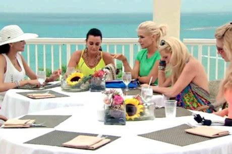 housewives of beverly hills in puerto rico where stayed rhobh season 4 episode 18 recap the kids are all right