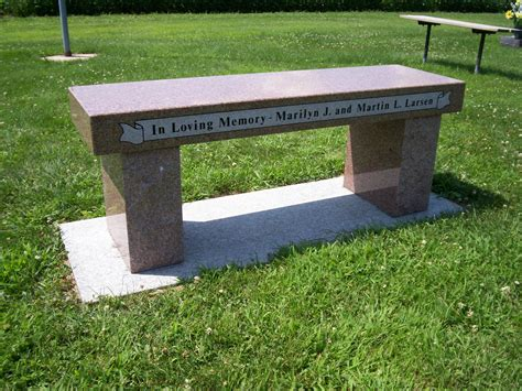 bench locations des moines iowa monuments headstones granite