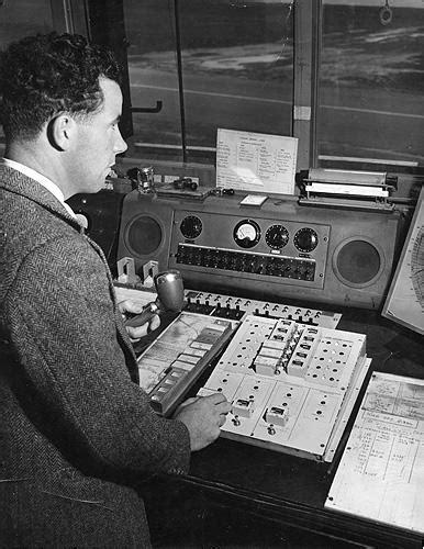 Inside Essendon Tower - 1940s + audio