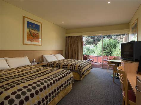desert room uluṟu highlights 187 aat